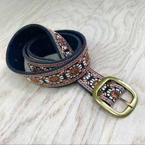 Lucky Brand / Boho Embroidered Leather Belt M NWOT
